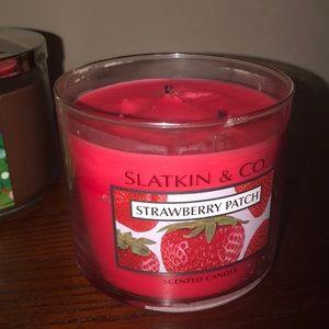 Slatkin & CO Accents - Strawberry patch cynic candle Slatkin and co